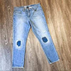 Mossimo | 8 | cropped boyfriend jeans | knee patch